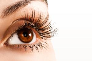 eye of model for beverly hills latisse eyelashes