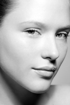 Facials and Microdermabrasion in Beverly Hills